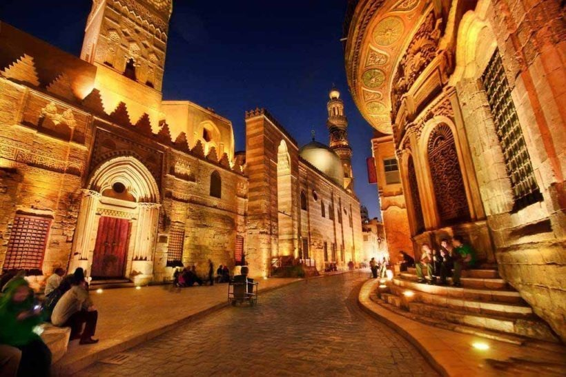 Tour to Cairo and Giza Pyramids from Hurghada | Tours from Hurghada